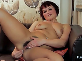 super hirsute lady masturbate on the couch