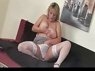 Solo Mature Mom Lingerie Masturbating Mature Masturbating Mom