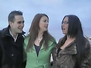 British Threesome Outdoor British Milf FFM Milf British
