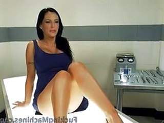 Jenna Presley and her machines