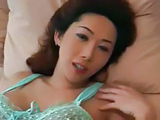 Mom Asian Cute Beautiful Asian Beautiful Mom Cute Asian