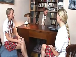 SCHOOLGIRL MORGAN MOON IN HOT THREESOME