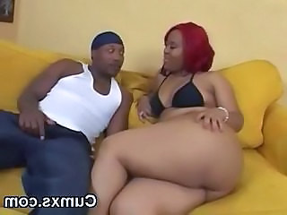 Ghetto black ass ebony slut shaking butt