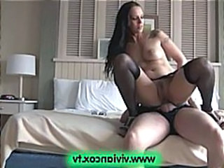 Mature amateur couple goes to New York and fucks in the hotel for a creampie