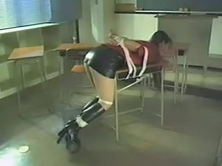 Latex Skola Bondage Nylon