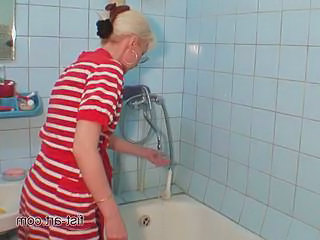 Fisting Mature Bathroom Fisting Amateur Fisting Mature