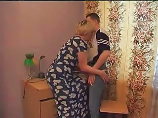 Mom Amateur Mature  Old And Young