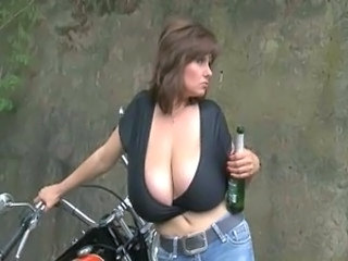 Mature Outdoor Drunk Big Tits Mature Brutal Drunk Mature