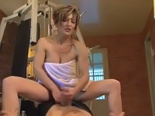 Handjob Sport French French Anal French Milf Gym