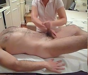 Videos from: xhamster | Female massage therapist performs hand relief