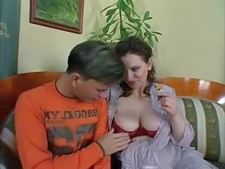 Mom  Old and Young Big Tits Milf Big Tits Mom Huge