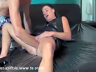 Horny amateur slut gets a brutal fisting in her loose vagina till she squirts...