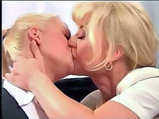 Mom Old And Young Teen Kissing Lesbian Kissing Teen Lesbian Babe