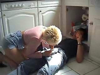 German milf seduce the repairman