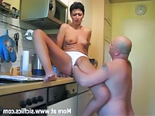 Fisting my wifes huge pussy in the kitchen tubes