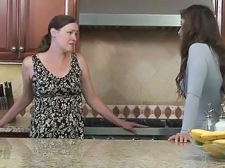 Daughter Old And Young Kitchen Daughter Daughter Mom Kitchen Teen