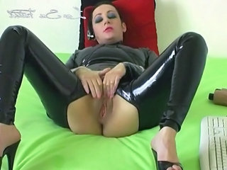 French European Latex French Mature Masturbating Mature Masturbating Webcam