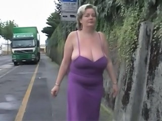Outdoor BBW Mom Bbw Mature Bbw Mom Bbw Tits