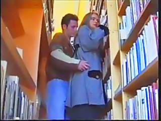 "Russian girl in Library"" target=""_blank"