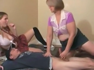 Amateur CFNM Daughter Cfnm Handjob Daughter Daughter Mom