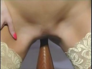 "British MILF slut Anna fucks the bed"" target=""_blank"