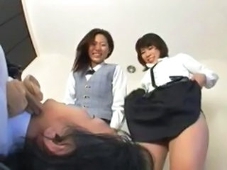 "Kinky Japanese chicks make a guy suck them off and they pee on him"" target=""_blank"