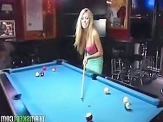 Game Cute MILF Cute Blonde