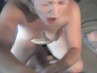 Wife surprised by huge cumshot