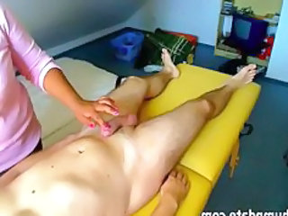 inexperienced wife gives a penis massage