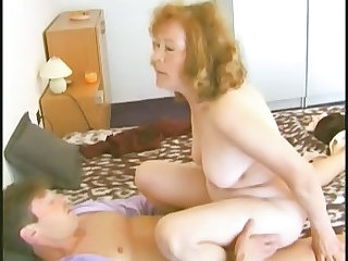Amateur Mature Old and Young Granny Amateur Granny Young Mature Ass