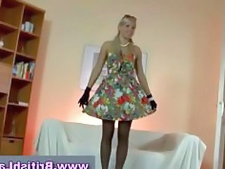 mature american lady dresses blond into pantyhose