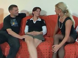 Threesome Old and Young French French Amateur Old And Young Threesome Amateur