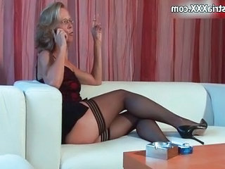 Hideous mature whore gets horny rubbing