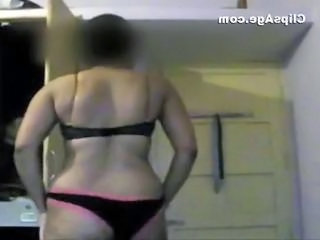 Self made video of Indian desi lady Kalyani stripping and showing off her nude figure