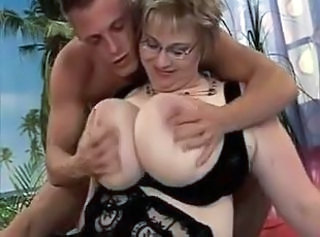 Mom Old And Young  Bbw Milf Bbw Mom Bbw Tits