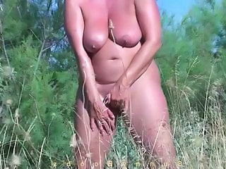 Nudist Outdoor Masturbating Amateur Amateur Mature Beach Amateur