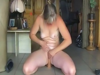 Dildo Amateur Mature Orgasm Amateur Orgasm Mature Riding Amateur