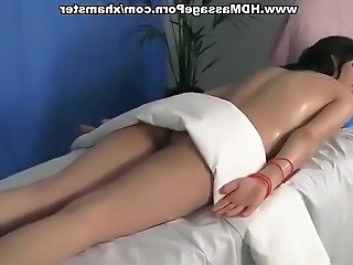 Hot girl in cute massage sex movie