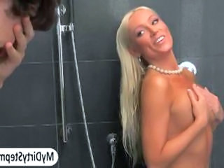 "Guy find his GFs stepmom Diana in shower"" class=""th-mov"
