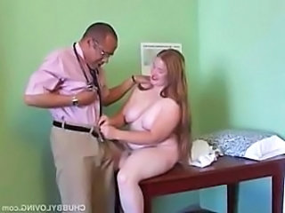 Chubby amateur redhead loves to cum