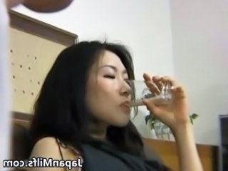 Horny japanese MILFS sucking and fucking part2