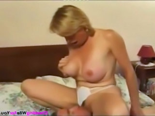 Facesitting Licking Mature French Mature French Wife Young Footjob Corset Big Cock Milf