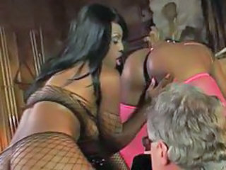 White guy gets head and eats pussy from black chicks tubes
