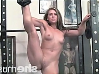 Sport Flexible Muscled Gym Girlfriend Cum