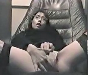 VDJ 03 part 1 - Japanese girl masturbating in video room - voyeur hidden spycam