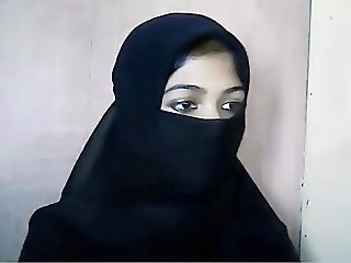 Videos from: xhamster | Cute Muslim Girl In Hijab