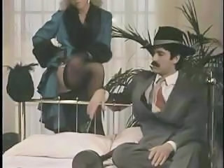 Vintage hardcore movie Bonnie n' Clyde in this video clip