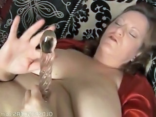 Big beautiful mature amateur has lovely big tits and a fat