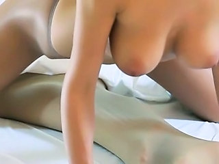 amazing young girls with strapon on bed Sex Tubes