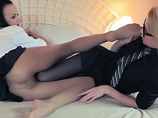 luxury blondie lets fuck by big strapon Sex Tubes